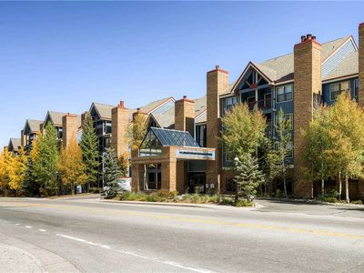Photo for Hotel with 2 queen beds in the heart of Breckenridge, great location for hikers/bikers