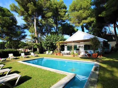Photo for House 100 meters from the beach, private pool, A/C and wifi