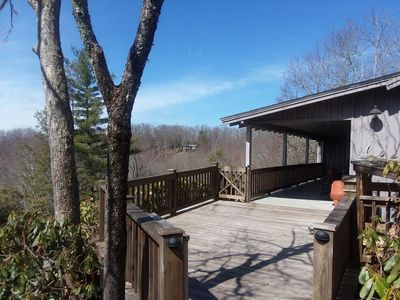Photo for Ideally located, classic and upscale cabin with long-range mtn views.