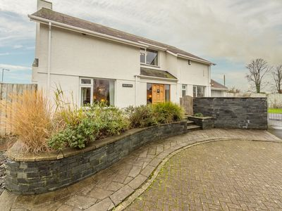 Photo for 4BR Cottage Vacation Rental in Wadebridge, Cornwall