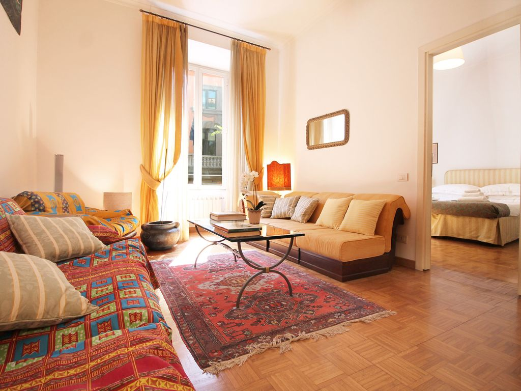 Charming and luminous 2 bedroom apartment 1052647 for Luminous bedroom