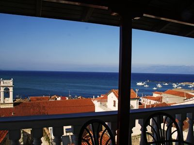 Photo for Over the roofs of Koroni, well maintained apartment in the heart of Koroni
