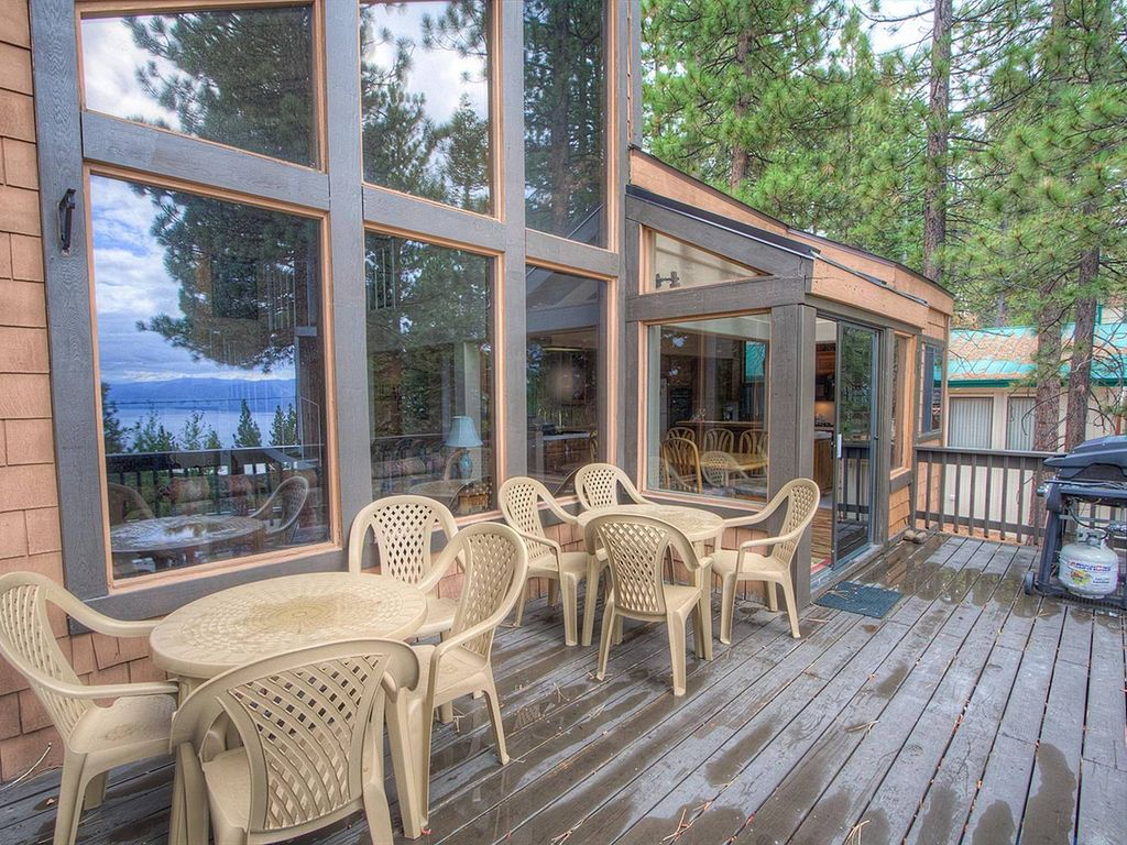 Large Family Home w/Hot Tub & Lake Views (IVH1431)