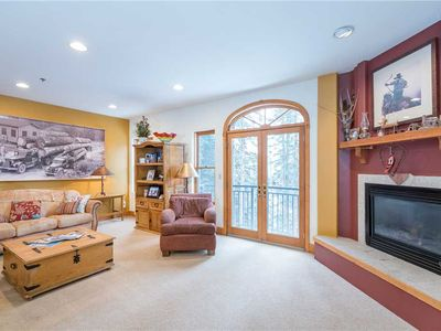 Photo for Pet-Friendly 3-Bedroom With Balcony Overlooking Woods
