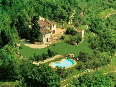 Photo for Lovely apartment with private pool, WIFI, TV, balcony and parking, close to Florence