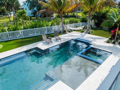 Photo for Amazing outdoor oasis! 5 Minute Walk to Pier and Pine Ave