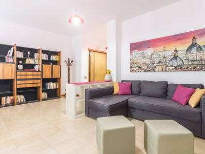 Photo for Large and bright apartment in Trastevere