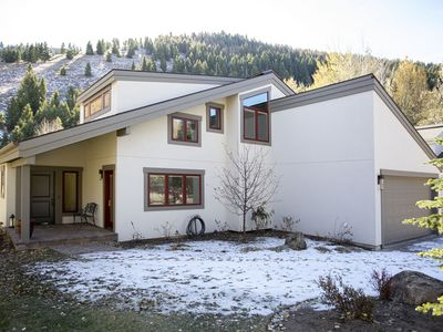 Photo for Fabulous Family Home / Summer and Winter