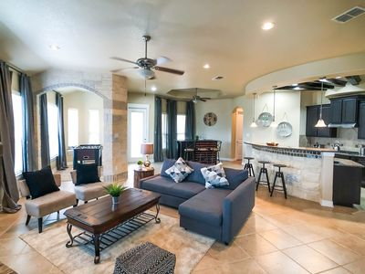 Photo for Hill Country Retreat, 2 miles away from Six Flags, The Rim and La Cantera!