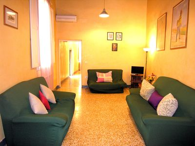 Photo for Great app. with 3 rooms Florence silent center for groups the families boys