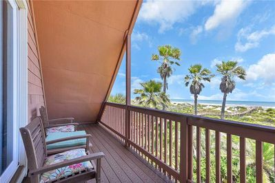 Welcome to Going Coastal Beach House! - As you're sitting out on the deck savoring a glass of fine wine, you may have to pinch yourself to ensure your surroundings aren't a dream!