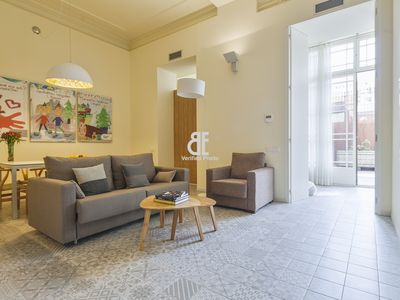 Photo for Be Apartment - Beautiful and spacious luxury apartment with a large private terrace. 3 bedrooms and 2 bathrooms. Located in the heart of Barcelona a few meters from the emblematic buildings of Gaudí.