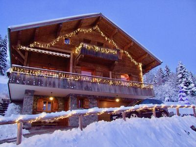 "Photo for Charming chalet ""chic"", very comfortable with spa, 8 pers, La Clusaz / Manigod"