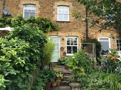 Photo for Quiet s/c cottage with garden 5 minutes walk to the centre of Uppingham