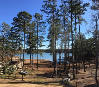 Photo for Beautiful Lakefront Property with Breath Taking View of The Lake