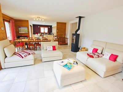 Photo for Chalet Champagny-en-Vanoise, 5 bedrooms, 10 persons
