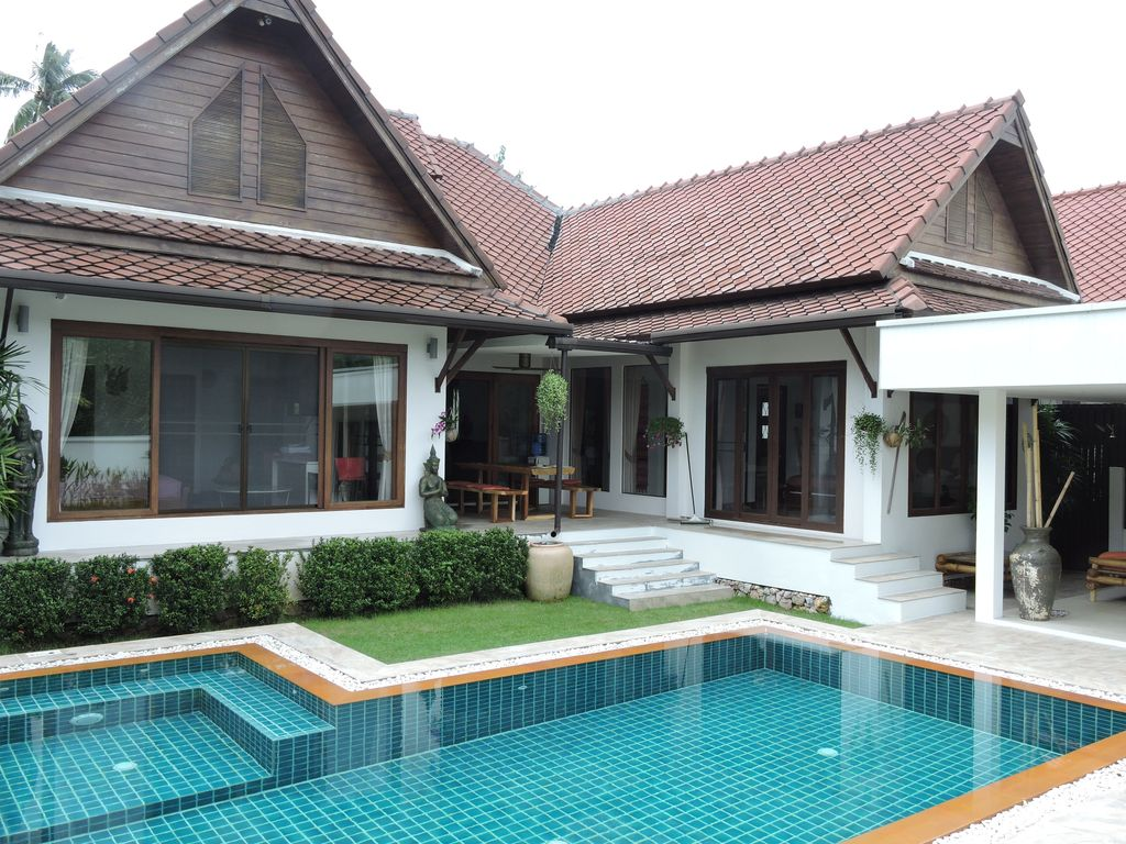 Live The Tropical Dream Family Villa Hide Away With Large Pool