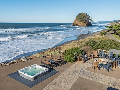 Photo for Luxury Ocean Front. 9 Bdrm, 7 bth. 7400 sq/ft. Theater room, game rm, hot tub,