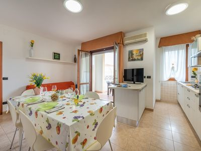 Photo for Holiday apartment air-conditioning and balcony