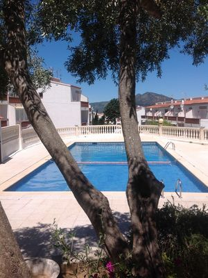 Photo for PRETTY FAMILY HOUSE / BARBECUE TERRACE / BEAUTIFUL COMMON POOL / ROSES PUIG ROM