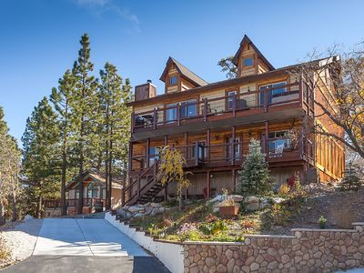 Photo for Gorgeous Newly Built Rustic Chalet. Minutes to Skiing and the Lake.