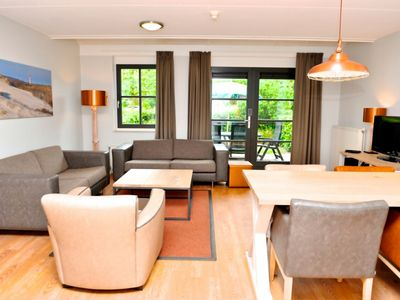 Photo for Bungalow in the holiday park Landal Résidence 't Hof van Haamstede - Free wellness area