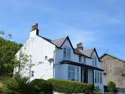 Photo for Upper Ashwood South, sea view apartment, pet friendly