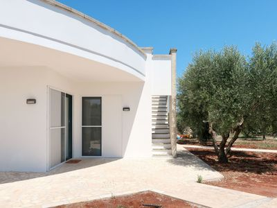 Photo for Beautiful apartment for 12 guests with A/C, private pool, TV, pets allowed and parking
