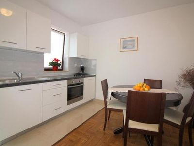 Photo for Holiday apartment Poreč for 4 persons with 2 bedrooms - Holiday apartment in one or multi-family hou