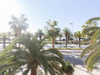 Photo for Beautiful apartment 6 pax in front of the beach Llevant of Salou.