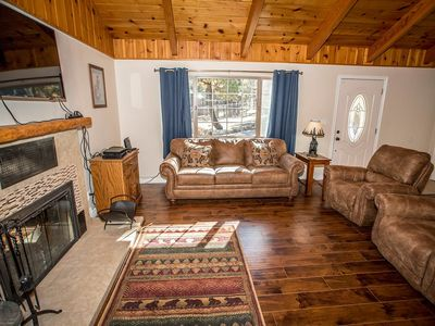 Photo for House 667 m from the center of Big Bear Lake with Parking, Internet, Balcony (983492)