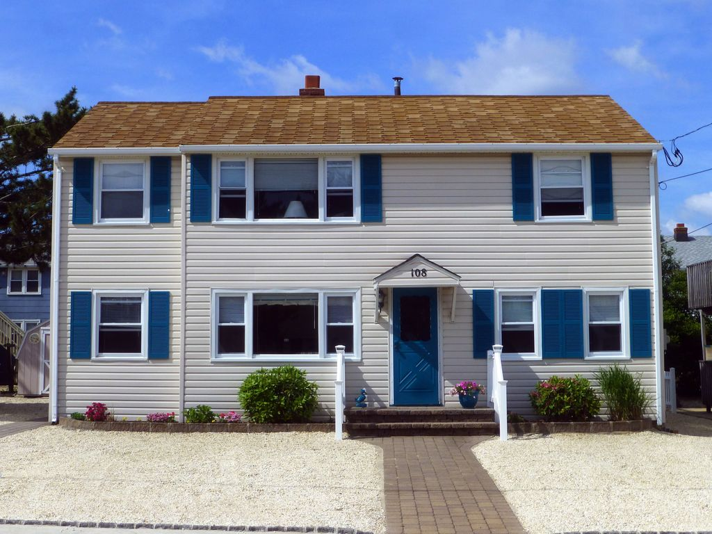 Lbi Family Beach House 4th From Ocean Comfortable And Well Maintained