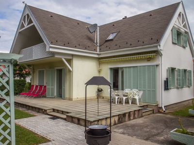 Photo for Vacation home Balaton 609 in Balatonmariafurdo - 8 persons, 5 bedrooms