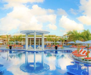 Photo for Moon Palace Grand Cancun All inclusive VIP access (Kids under 18 are free)