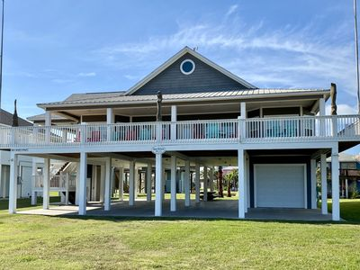 Shore Relaxin - 4 BEDROOM,  BEACHFRONT - SLEEPS 15,  CRYSTAL BEACH
