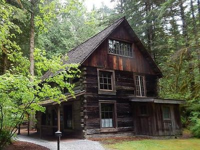 Photo for Apartment 31SW Deluxe Snowater Condo w/ WiFi in Mount Baker/Glacier - 4 persons, 2 bedrooms