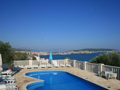 Photo for Holiday apartment Seget Donji for 4 persons with 2 bedrooms - Holiday apartment in a villa
