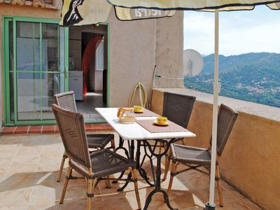 Photo for Apartment Marcelli (INO101) in Sant Antonino - 4 persons, 1 bedrooms