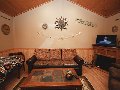 Strange 1Br Cabin Vacation Rental In Wisconsin Dells Wisconsin Interior Design Ideas Clesiryabchikinfo