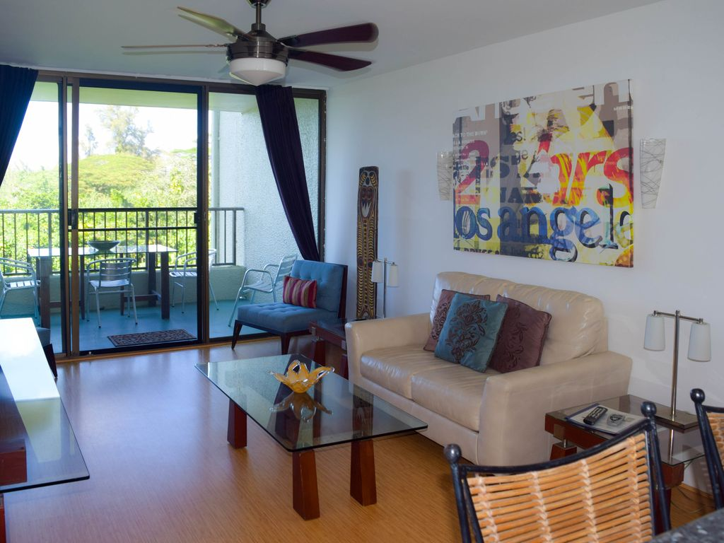 Oceanfront Hilo 1-Bedroom Condo, Modern Fee... - VRBO