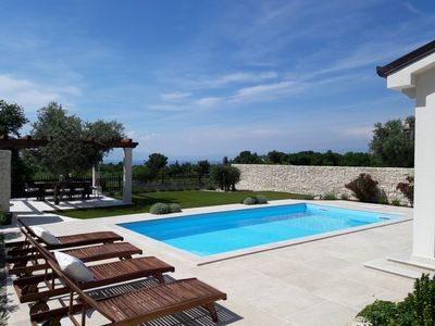 Photo for Villa with heated pool, beautiful sea view, above Malinska