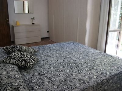 Photo for Beautiful newly renovated apartment located 600m from METRO station