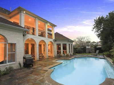Photo for Luxury Home Great Location, 4,600 SQ feet with Swimming Pool