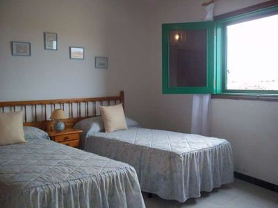 Photo for Apartment MAGIKBEACH in Caleta de Caballo for 5 persons with terrace, balcony, views to the ocean, views of the volcanoes, WIFI and less than 100m to the sea