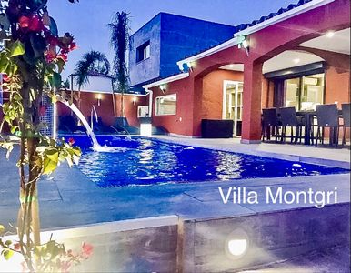 Photo for Great villa with 7 bedrooms, heated pool, whirlpool, hamam, air cond. and wifi