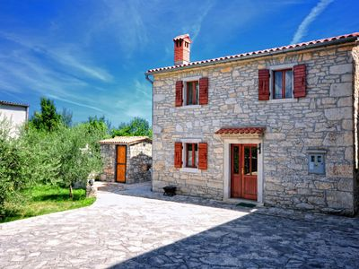 Photo for Sailors house -Traditional Istrian with spacious olive garden and a fireplace