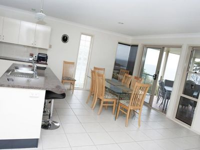 Photo for Footprints | Views over Jervis Bay | Large 4 bedrooms | Walk to beach
