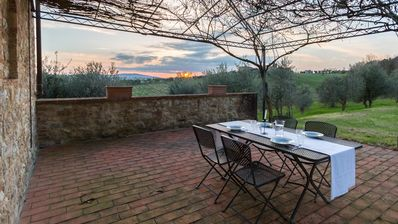 Photo for Apartment 4 km from Siena in the heart of Chianti