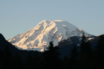 Photo of Mt. Rainier taken from the  RVL front deck