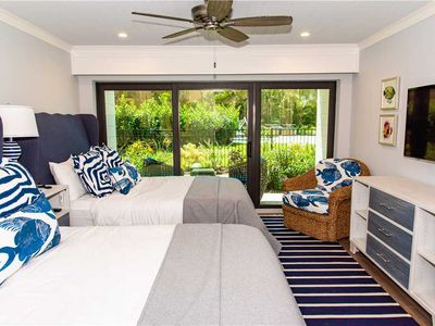 Photo for Short 1-2 night stays Available! Luxury Double Queen Room - Beach Front!